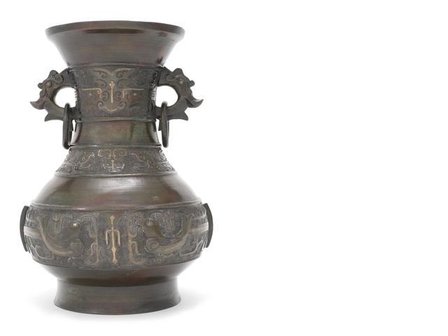仿古青铜栏杆花瓶-铸造宣德密封标记基地-1000 - 1500.jpg